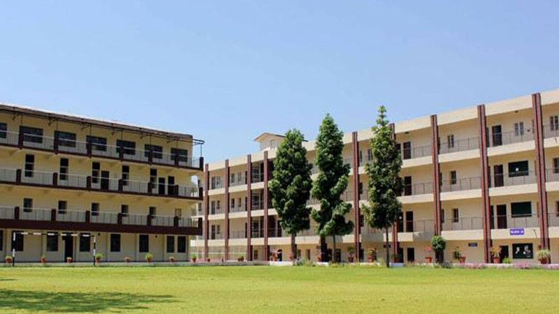 Most Reputed B. Pharma College in Dehradun to Get Admission