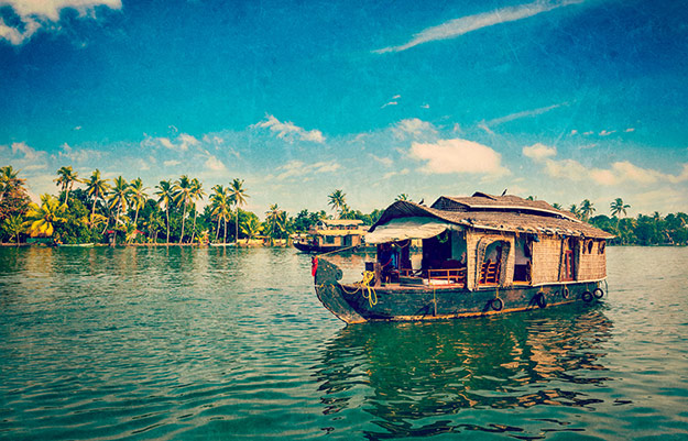 Top 10 Reasons to Travel to Kerala
