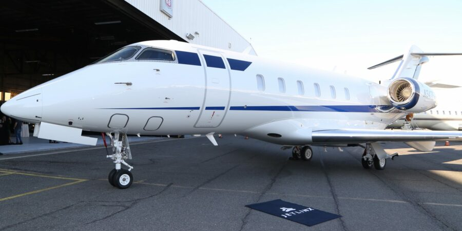 Why do businessmen prefer private flight services?