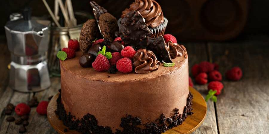 Avail Reasonable Options for Online Cake Delivery in Ludhiana