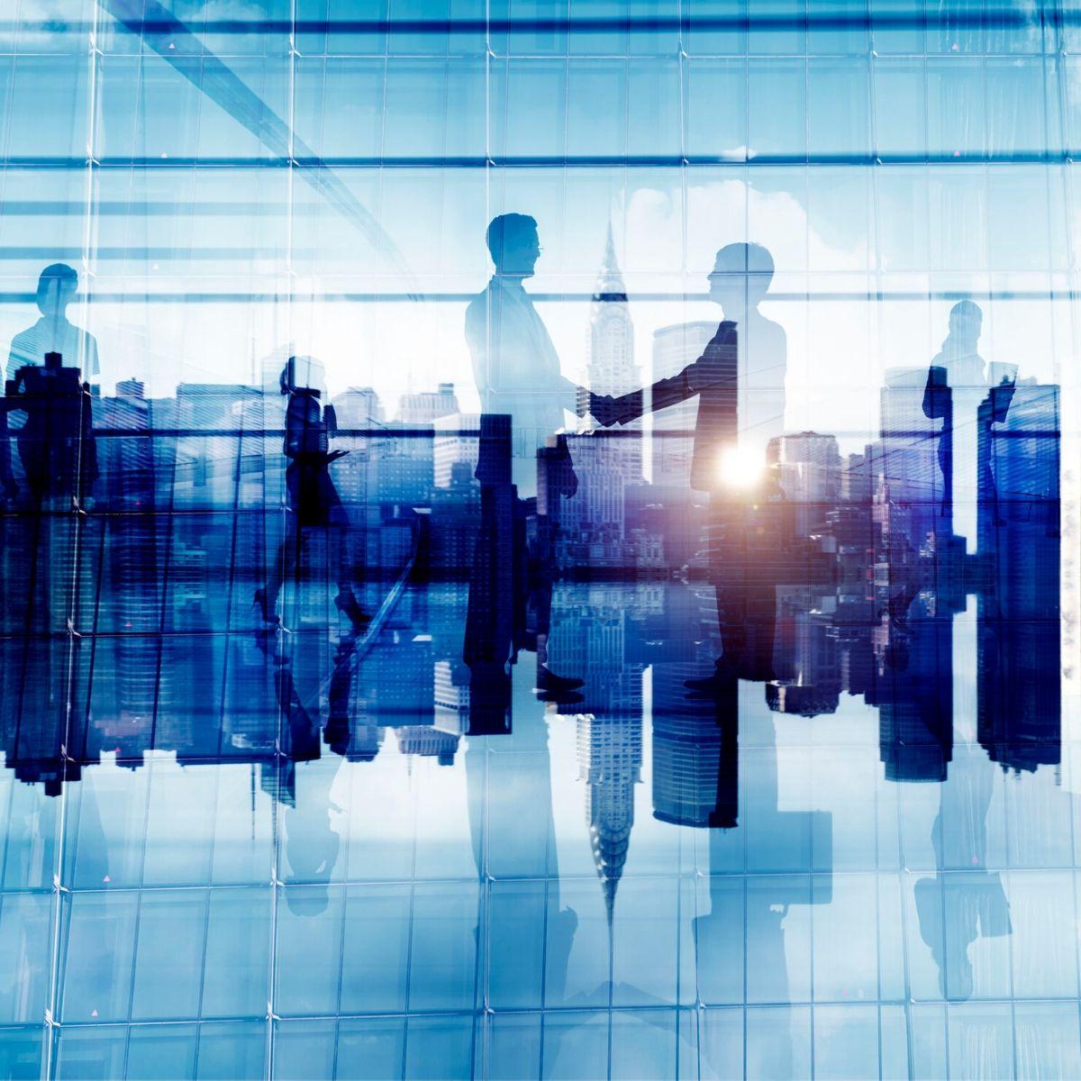 hiring data analyst in dubai