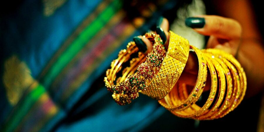 Varieties of bangles to wear