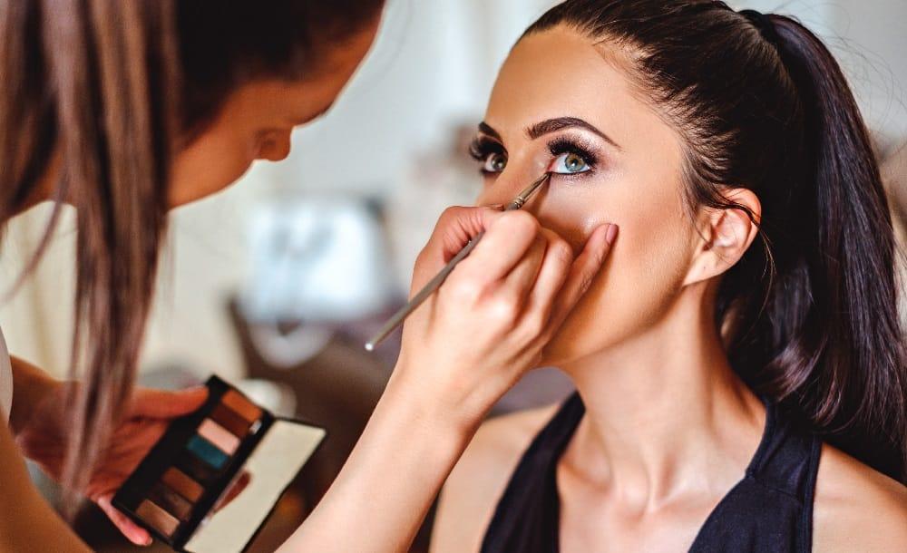 professional beauty courses in Delhi